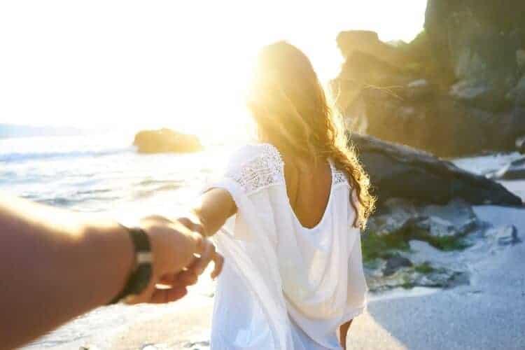 Romantic Beach Dates