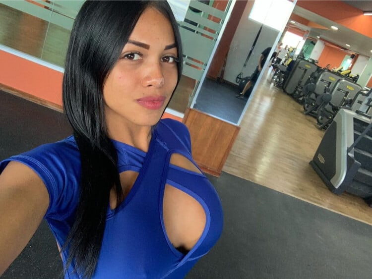 Latino Chick
